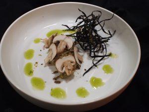Aubergine met bottarga en champignon